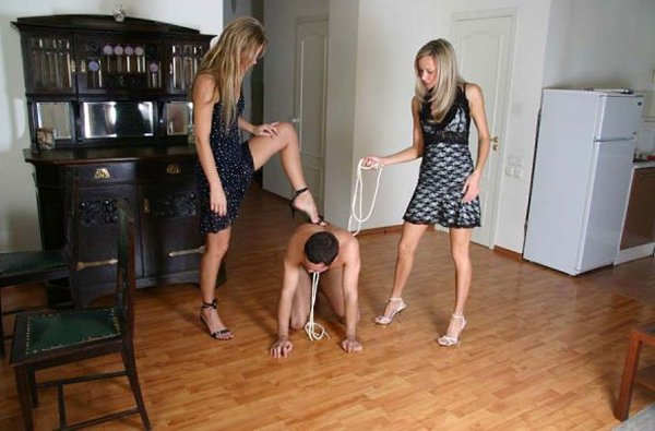 Femdom Practices Get Kinky Among Young Lesbians