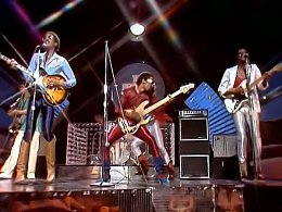 The Brothers Johnson – «Stomp!»